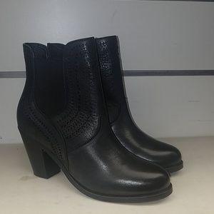 New Ariat Versant 10014308 leather boot